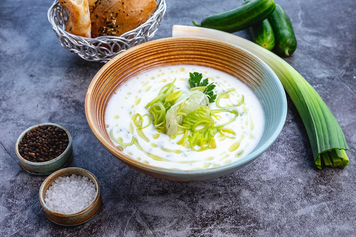 Joghurtos póréhagyma-krémleveles